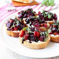 A toasted baguette is topped with goat cheese, balsamic roasted beets, fresh basil & balsamic reduction in this vegetarian Beet Bruschetta recipe that's perfect for Spring!Easter is just a cou Beet And Goat Cheese, Goat Cheese Recipes, Puff Pastry Recipes, Beet Recipes, Gourmet Recipes, Vegetarian Recipes, Milk Recipes, Detox Recipes, Easter Recipes