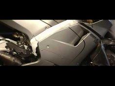イアン・ロッカー、2ストローク・エンジン搭載のスッター「MMX500」でマン島TTレースに挑む - Autoblog 日本版