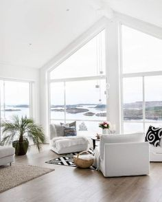 Big widows in a coastal living room