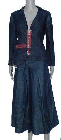 Je viens de mettre en vente cet article  : Tailleur pantalon Marque Inconnue 59,00 € http://www.videdressing.com/tailleurs-pantalon/marque-inconnue/p-4203338.html?utm_source=pinterest&utm_medium=pinterest_share&utm_campaign=FR_Femme_V%C3%AAtements_Tailleurs_4203338_pinterest_share