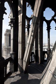 La flèche | Notre Dame de Paris Notre Dame France, Ville France, Architecture Classique, Gothic Architecture, Monuments, Chapelle, Old Buildings, Kirchen, Paris France
