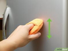 How to Remove a Scratch from a Stainless Steel Refrigerator Door