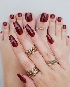 What manicure for what kind of nails? - My Nails Feet Nails, My Nails, Hair And Nails, Dark Nail Designs, Nail Art Designs, Wedding Nail Polish, Pretty Toe Nails, Classic Nails, Chic Nails