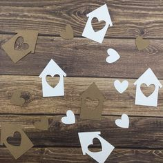 PLEASE READ BEFORE ORDERING!! Are you planning for a housewarming party? These cute and festive house and heart confetti come in the colors kraft and white. The small houses are 2.5 inches tall. When choosing a quantity of confetti customs will receive a equal number of both hearts and houses. For