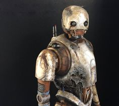 an Imperial KX series security droid (mod. Droides Star Wars, Star Wars Droids, Star Wars Ships, Star Wars Gifts, Star Wars Humor, Star Wars Action Figures, Custom Action Figures, Cyberpunk, Star Wars Characters Pictures
