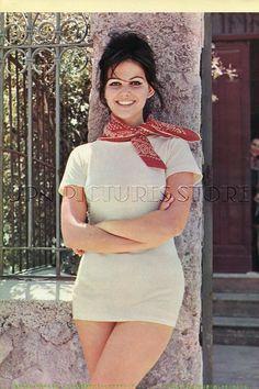 ELIZABETH TAYLOR/ CLAUDIA CARDINALE leggy 1965 Vintage JPN PICTURE CLIPPING#LF/T | eBay