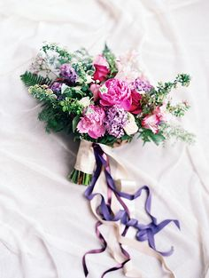 Purple and pink wedding bouquet @weddingchicks