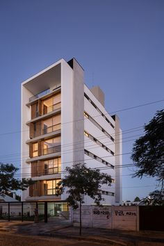 Imagem 11 de 28 da galeria de Edifício Praça Municipal 47 /  Arquitetura Nacional. Fotografia de Marcelo Donadussi
