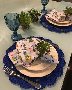 Adicione mais charme e estilo à sua mesa com sousplat de crochê