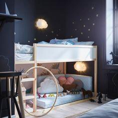 Easy Ikea Kura Bunk Bed Hacks Ideas - Page 32 of 32 Kura Ikea, Ikea Loft Bed Hack, Kura Bed Hack, Ikea Stuva, Ikea Bedroom, Baby Bedroom, Ikea Kids Bedroom, Lego Bedroom, Childs Bedroom