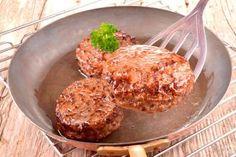 Sabe aquele hambúrguer suculento, macio e saboroso servido em restaurantes especializados? É possíve... - Copyright
