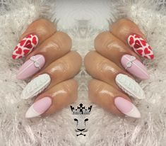 Knitting nails  #nails #nailart #knittingnails #lovenails #matte #3dplastelinebow #nailsoftheday #nailsaddict #nails2inspire #nothingisordinary #nailartist #marinaveniou #trustthexperts #beautymakesmehappy   www.kalliopeveniou.gr
