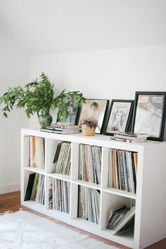 75 Cool IKEA Kallax Shelf Hacks For Every Space 75 Cool IKEA Kallax Shelf Hacks For Every SpaceIKEA Kallax and are the best canvas for creating! Kallax shelves are so universal that you Ikea Regal, Ikea Kallax Regal, Ikea Kallax White, Shelves In Bedroom, Ikea Shelves, Shelving Units, Bedroom Storage, Storage Units, Ikea Kallax Shelf Unit