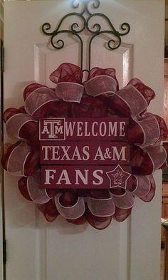Texas A&M Aggie Mesh Wreath by lesleepesak on Etsy, $65.00