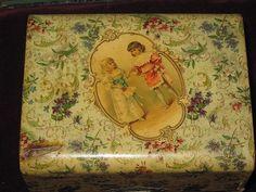 doriansroom Child's Victorian celluloid vanity box