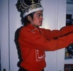 MJ as a king