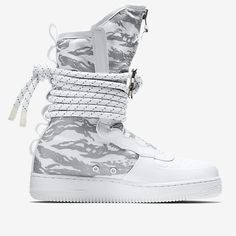 Release des Nike SF Air Force 1 High Boot Winter Camo ist am 11.11.2017. Bleibe mit 99kicks.com immer auf dem Laufenden was heiße Sneaker Releases angeht #nike #airforce #nikeairforce #nikes #follow4follow #TagsForLikes #photooftheday #fashion #style #stylish #ootd #outfitoftheday #lookoftheday #fashiongram #shoes #kicks #sneakerheads #solecollector #soleonfire #nicekicks