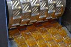 Fabrication de bonbons à l'huile essentielle de Bergamote