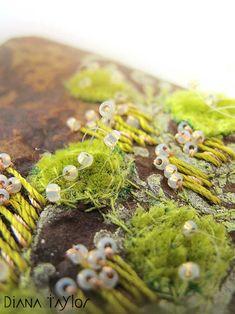 Moss Garden teabag art by Velvet Moth Studio - Modern Free Machine Embroidery, Beaded Embroidery, Hand Embroidery, Fabric Art, Fabric Crafts, Tea Bag Art, Relaxing Art, Creative Textiles, Moss Garden