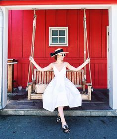 This white dress is everything! @margoandme at The Boon Fly Cafe.