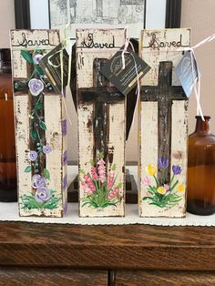 Rustic standalone floral Easter crosses Handpainted on sturdy wood diy canvas Rustic standalone floral Easter crosses Handpainted on sturdy wood Long Painting, Pallet Painting, Painting On Wood, Spring Crafts, Holiday Crafts, Holiday Ideas, Faith Crafts, Wood Crafts, Diy Crafts