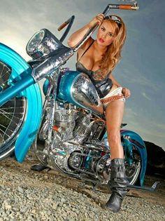Biker girl ❤️ Women Riding Motorcycles ❤️ Girls on Bikes ❤️ Biker Babes ❤️ Lady Riders ❤️ Girls who ride rock ❤️ Lady Biker, Biker Girl, Biker Baby, Chicks On Bikes, Motos Harley Davidson, Motorbike Girl, Motorcycle Girls, Cool Motorcycles, Hot Bikes