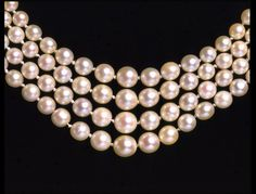 Stalking the Belle Époque Pearl Love, Pearl And Lace, Ivory Pearl, Pearl Choker, Pearl Jewelry, Pearl Necklace, Edwardian Jewelry, Antique Jewelry, Vintage Jewelry