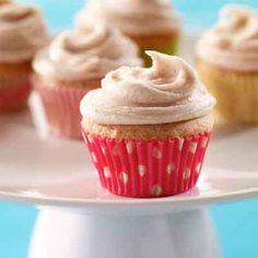 Mini cupcakes that let the flavor of cinnamon shine.