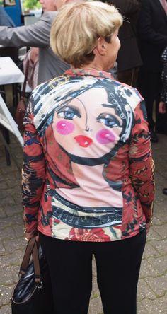 Ein schöner Rücken kann auch entzücken! Carnival, Face, Painting, Nice Asses, Carnavals, Painting Art, The Face, Paintings, Faces