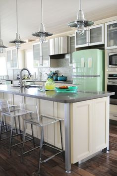 Retro Kitchen with Retro Refrigerator in Jadite Green | Another look at the Jadite. I do like it a lot, too. -Jenn
