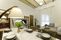 Apartments Holiday in Rome Rental Apartments, Vacation Apartments, Rome Apartment, Florence, Bali, Dining Table, Living Room, Vatican, Holiday