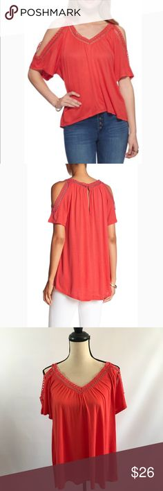"Jessica Simpson Cold Shoulder Top Anna lee Cayenne cold shoulder blouse with crochet details around neck and on sleeves. Hi lo Size Small  Approximate Measurements Laying Flat  Length Front 23"", Back 26.5"" Armpit to Armpit 18"" Jessica Simpson Tops Tees - Short Sleeve"