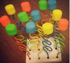 Marshmellow pops with silly straws
