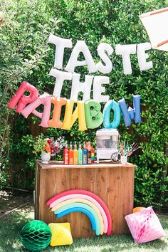Over the Rainbow birthday party Layer Cakelet)-Not that there's ever a time that a rainbow birthday party *isn't* majorly awesome, but we think you'll agree that this joint b-day bash Deets & Things styled up is a whole new level of theme party. Rainbow First Birthday, Rainbow Unicorn Party, Unicorn Birthday Parties, First Birthday Parties, 5th Birthday, Birthday Ideas, Birthday Banners, 1st Birthdays, Rainbow Baby