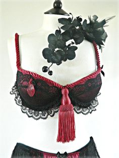 Hey, I found this really awesome Etsy listing at https://www.etsy.com/listing/161848897/sultry-black-lace-wine-bra-burlesque