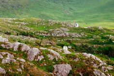 ruins of coppermines in Allihies; Ireland, Golf Courses, Mountains, Book, Nature, Travel, Naturaleza, Viajes, Destinations