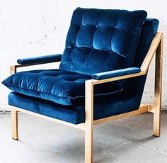 These super dope new blue velvet + gold leaf chairs just arrived at our studio and we are all in love. Modern Contemporary Homes, New Blue, Blue Velvet, Gold Leaf, Accent Chairs, Armchair, Studio, Furniture, Home Decor