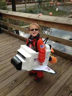 We asked our readers to submit their photos of their homemade Halloween costumes, and these are some of the best submissions we go. Unique Toddler Halloween Costumes, Modern Halloween, Homemade Halloween Costumes, Kids Costumes Boys, Cute Costumes, Baby Costumes, Halloween Diy, Costume Ideas, Diy Astronaut Costume
