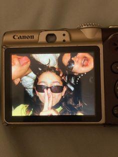 Cute Friend Pictures, Friend Photos, Cute Pictures, Poses Photo, Insta Photo Ideas, Summer Dream, Cute Friends, Teenage Dream, Best Friend Goals
