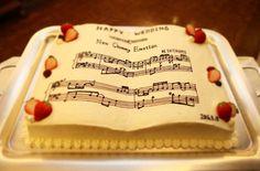 クラシカル感がたまらない♡音楽好きにおすすめの【音符】がテーマのウェディング♡ | 結婚式準備はBLESS(ブレス) Wedding Cakes, Sweets, Weddings, Music, Wedding Gown Cakes, Musica, Musik, Gummi Candy, Candy