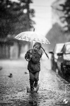 girl, rain, black and white photography