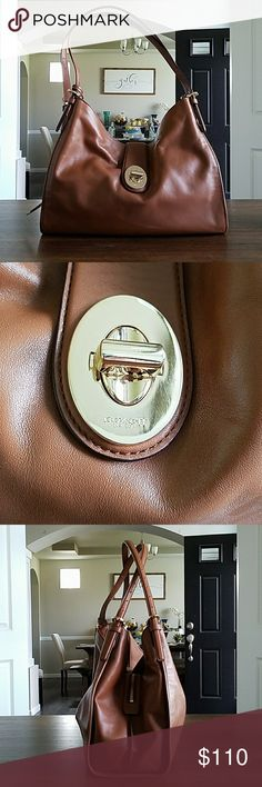 Brown Coach shoulder bag Like New, no rips, tears, stains Coach Bags Shoulder Bags
