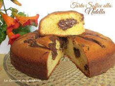 Una ricetta semplice e veloce per preparare un dolce goloso ed irresistibile: Torta soffice alla nutella, con una fetta la giornata sarà meravigliosa