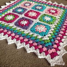 """Framed Garden Blanket - Made as a gift for a baby shower in Arkansas! Pattern Information Granny Square: """"Summer Garden Granny Square"""" Joining Method: An SC version of the Continuous. Crochet Blocks, Afghan Crochet Patterns, Crochet Squares, Knitting Patterns, Granny Squares, Blanket Patterns, Love Crochet, Crochet Baby, Ravelry"""