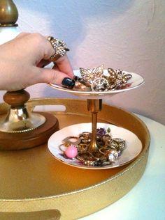 Cute DIY Jewelry Holder