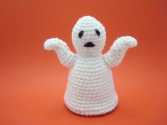 This listing is for an Adobe Pdf file of a crochet pattern for a Halloween Ghost. Please note that this is a pattern only, the finished item is not included.The pattern is crocheted in a continuous spiral and requires knowledge of the following stitches (including increases and decreases): chain, slip stitch, and single crochet.Item size will depend on the weight of yarn used. The sample was crocheted using worsted weight (#4) acrylic yarn. Sample is 4 inches tall, 3 1/2 inches from arm ...