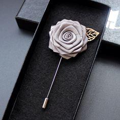 Alta Qualidade 20 Cores Lapela Flor Mental Folha Handmade Boutonniere Vara Pin Broche de Acessórios Para O Casamento Dos Homens Com Caixa