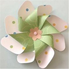 pinwheel tutorial - we are going to use christmas scrapbook paper and make… Christmas Scrapbook Paper, Christmas Paper, Scrapbook Paper Crafts, Christmas Crafts, Origami, Fun Crafts, Crafts For Kids, Arts And Crafts, Pinwheel Tutorial