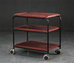 Vare: 3816758Rullebord af metal, industrielt design