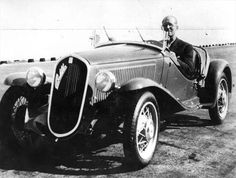 Le Corbusier inside a car on top of the FIAT Lingotto factory in Turin (1926). via A rooftop racetrack: The Fiat Lingotto factory in Turin, Italy (1923)